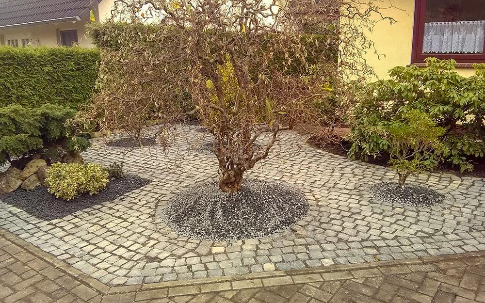 granitgraues Kopfsteinpflaster